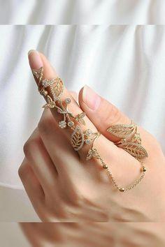 Stylish Jewelry, Cute Jewelry, Luxury Jewelry, Jewelry Accessories, Jewelry Design, Women Jewelry, Trendy Accessories, Turquoise Wedding Rings, Fashion Rings