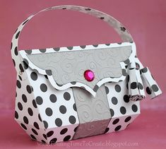 Check out Kelly's stylish handbag from LUXURY HANDBAGS SVG KIT. Cute, cute, cute, polka dots in black and a splash of hot pink! Wholesale Purses, Wholesale Designer Handbags, Cheap Wholesale, Cheap Handbags, Luxury Handbags, Women's Handbags, Handbags Online, Replica Handbags, Paper Purse