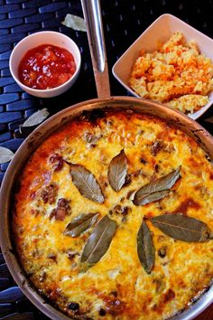 South Africa – Bobotie, Meat Pie – Who Noms the World South African Dishes, South African Recipes, Ethnic Recipes, Bobotie Recipe South Africa, Bbc Good Food Recipes, Cooking Recipes, Oven Recipes, Yummy Food, Mince Recipes