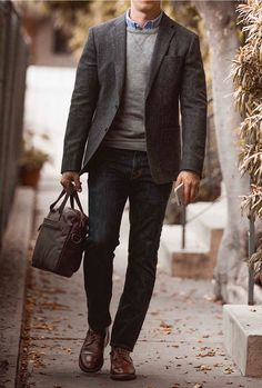 The essential cool weather jacket: the tweed sport coat tweed blazer men, tweed sport Blazer Jeans, Tweed Blazer Men, Tweed Blazer Outfit, Tweed Sport Coat, Tweed Men, Blazer Outfits Casual, Mens Sport Coat, Tweed Coat, Fall Outfits