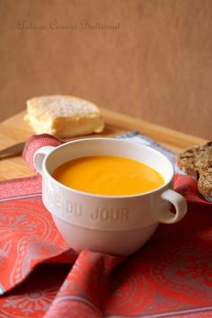 Velouté de courge butternut (potage) Fall Soup Recipes, Thanksgiving Recipes, Healthy Dinner Recipes, Snack Recipes, Healthy Rice, Healthy Food, Oven Chicken Recipes, No Salt Recipes, Low Calorie Snacks