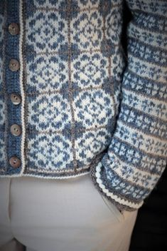 Easy Knitting Patterns, Fair Isle Knitting, Delft, Pulls, Free Pattern, Knit Crochet, Blue And White, Mens Fashion, Sweaters