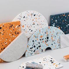 For the love of #terrazzo ! Corian Colors, Terrazzo Tile, Visual Texture, Co Working, Diy Clay, Tile Design, Clay Art, Textures Patterns, Surface Design