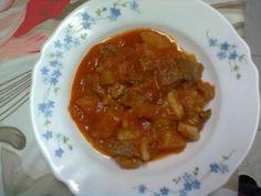 spezzatino con patate 300x225 Spezzatino di Carne e Patate secondi piatti carne  salsa pomodoro patate cipolla carne