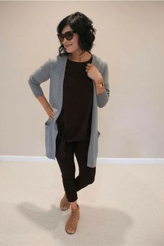 Outfit inspo for fall. Outfit inspo for fall. Legging Outfits, Cardigan Outfits, Casual Outfits, Black Leggings Outfit Fall, Black Cardigan Outfit, Black Outfits, Long Gray Cardigan, Leggings Fashion, Gray Shirt Outfit