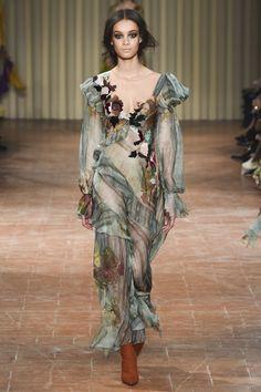 Alberta Ferretti Autumn/Winter 2017 Ready-to-wear Collection
