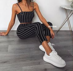Chic and casual outfits 2019 charming, spring summer outfits ideas nice gorgeous teen fashion outfits Teen Fashion, Fashion Outfits, Womens Fashion, Fashion Spring, Fashion Styles, Fashion Trends, Style Fashion, Fashion Mode, Fashion News