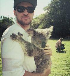 Aproveitando seu dia de folga, JT foi ao Zoológico e Postou essa Foto no seu Instagram  :)