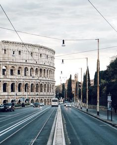 To Rome With Love shared by ⊰ 𝑼𝒕𝒉𝒊𝒎𝒊𝒂 ⊱ on We Heart It Oh The Places You'll Go, Places To Travel, Travel Destinations, Places To Visit, Vacation Travel, Rome Photography, Travel Photography, Verona, Hotel Rome