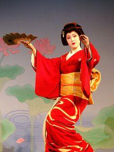 芸妓さんと舞妓さんのブログ (geiko Tsunemomo)