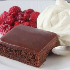 Recept Hr har ni tips p kvllens lckraste godaste dessert chokladfudgebrownie Baka den idag ni kommer lska den dessert choklad mello melodifestivalen gott