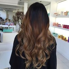 41 Hottest Balayage Hair Color Ideas for 2016 If you want a hair style that is considered to be low-maintenance, won't leave you in the salon every few weeks, doesn't matter if you let your roots grow out and can even be done from the comfo Balayage Long Hair, Hair Color Balayage, Hair Highlights, Color Highlights, Balayage Brunette, Soft Balayage, Balayage Hairstyle, Ashy Blonde, Brunette Color