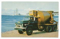 Advertising Postcard for GMC Cement Mixer Dump Trucks, Cool Trucks, Classic Trucks, Classic Cars, 1960s Advertising, Cement Mixer Truck, Truck Memes, Concrete Mixers, Old Tractors