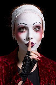 Avant Garde Makeup (74).jpg on Mystic Talia http://mystictalia.com/avant-garde-makeup/#sg14