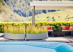 Pots à fleurs et jardinières design en 67 idées de déco extérieure Jardiniere Design, Balance, Garden Boxes, Pots, Outdoor Decor, Diy, Home Decor, Cinder Blocks, Benches