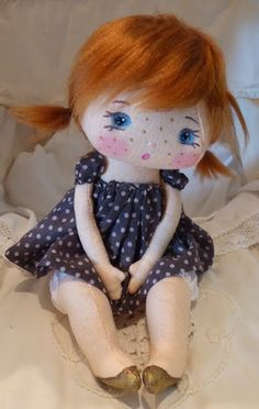 (precious little doll. i love her…, The Round the Fireflies sister dolly to the little blonde in pink 💗 Tiny Dolls, Soft Dolls, Cute Dolls, Doll Clothes Patterns, Doll Patterns, Homemade Dolls, Sewing Dolls, Doll Tutorial, Little Doll