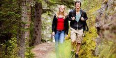 Auf der Suche nach Mitteln gegen das Altern stießen Forscher auf eine erstaunlich wirksame Medizin für Körper und Geist: den Spaziergang