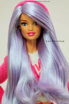 Juicy Couture Skipper Barbie doll