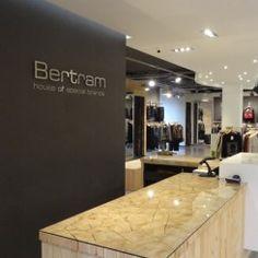 Inrichting van een kledingwinkel