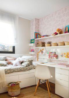 00472205. Habitación infantil con escritorio y papel pintado 00472205