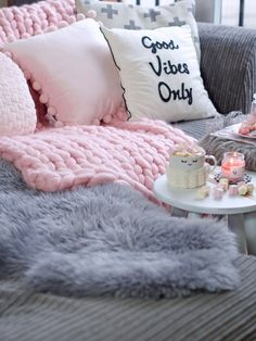 giant merino wool chunky blanket throw #TheBeautyAddict