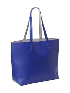Reversible Faux-Leather Tote, $34 #oldnavy (I like the color and functionality of this tote.)