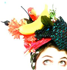How-to... #Halloween Headress inspired by Carmen Miranda! #Goodwill