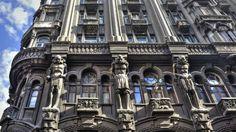 El edificio Otto Wulff, en el barrio porteño de Monserrat, es uno de los más…