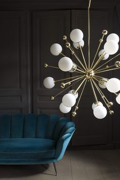 Vintage lighting is becoming extremely trendy. And we couldn't agree more.