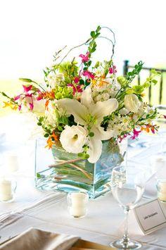 Flowers, Centerpiece, White, Green, Marweddings