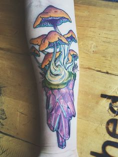 Mushroom crystal tattoo for my first ink experience. Fundamental and experimental facets of art.