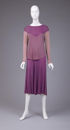 Dress Stephen Burrows, The Goldstein Museum of Design Jean Muir, 1970s Clothing, Ladies Day Dresses, Vintage Outfits, Vintage Fashion, We Wear, How To Wear, 1970s Dresses, Jackets For Women