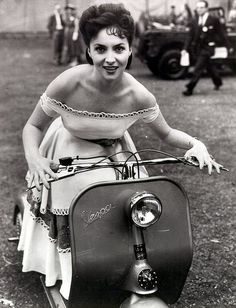 Italian actress Gina Lollobrigida.... June 1952...