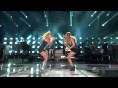 Carrie Underwood & Miranda Lambert - Somethin' Bad - CMA Music Festival 2014 (HD) - YouTube