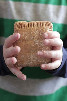 How to Use Whole Wheat Pastry Flour + Homemade Pop-Tarts filled with applesauce!!