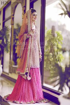 Pakistani Bridal Dresses 2018 - Latest Mehndi, Barat & Walima Dresses for Bride on Wedding Day - Conventional dressing for brides includes Gharara and Lehen Indian Bridal Fashion, Pakistani Wedding Dresses, Pakistani Outfits, Indian Dresses, Indian Outfits, Pakistani Mehndi, Mehendi, Bridal Dresses 2018, Bridal Outfits