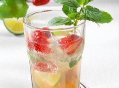 Erdbeer-Caipi-Bowle Rezept | LECKER