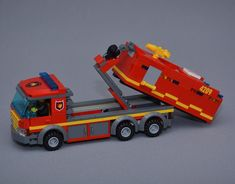 The new tanker truck🚒🚨 #lego #legocity #legofiretruck #firetruck #fire #truck #brandbil #tankbil #räddningstjänsten #legosverige #swebrick #afol #legoveichle #legotown #legocreator #brickbybrick Lego City Fire Truck, Lego Truck, Fire Trucks, Lego Creator, Lego Technic Truck, Ambulance, Lego Fire, Lego Police, Lego City Sets