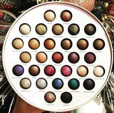 makeup and pencil image Kiss Makeup, Cute Makeup, Pretty Makeup, Beauty Makeup, Hair Makeup, Makeup Goals, Makeup Inspo, Makeup Inspiration, Laura Geller