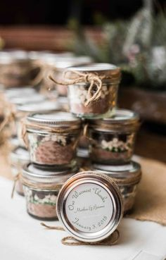 Wedding Favors Diy Winter Hot Chocolate Ideas Wedding Favors Diy Winter Hot Chocolate Ideas Always aspired to discover ways to knit, however undecided where do yo. Mason Jar Wedding Favors, Succulent Wedding Favors, Winter Wedding Favors, Creative Wedding Favors, Inexpensive Wedding Favors, Edible Wedding Favors, Wedding Shower Favors, Rustic Wedding Favors, Personalized Wedding Favors