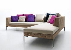 Antonio Citterio debuta en la colección Outdoor de B&B Italia con uno de sus clasicos, el sofá Charles