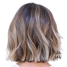 Short Hair Color Trends Short hair color trends 2019 are the perfect platf. - - Short Hair Color Trends Short hair color trends 2019 are the perfect platform for balayage! Short Hair Cuts, Short Hair Styles, Pixie Cuts, Short Pixie, Short Hair Trends, Bob Cuts, Bob Styles, Blunt Bob Hairstyles, Cut Hairstyles