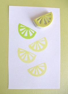 Lemon/Lime slice stamp - what could you make with this? Lemon/Lime slice stamp - what could you make with this? Diy Stamps, Homemade Stamps, Stamp Printing, Printing On Fabric, Screen Printing, Eraser Stamp, Stamp Carving, Arts And Crafts, Paper Crafts