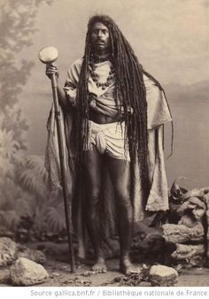 Monochrome Photography, Color Photography, Old Photos, Vintage Photos, Long Dreads, Africa People, Old Portraits, Vintage India, Africa Map