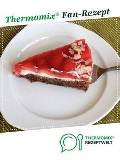 Schnelle Erdbeer-Torte Fast strawberry cake from A Thermomix ® recipe from the category baking sweet www.de, the Thermomix ® community. Chocolates Gourmet, Huge Cake, Popular Recipes, Food Items, Cheesecake Recipes, Strawberry, Food And Drink, Baking, Sweet