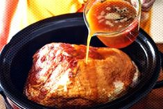 #thanksgiving #weeknight #holiday #dinner #easter #recipe #cooker #tender #enough #tasty #juicy #shows #easy #slow #this ... How To Cook Ham, Holiday Dinner, Slow Cooker, Pork, Thanksgiving, Tasty, Beef, Cooking, Recipes
