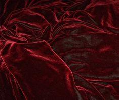 burgundy velvet | Tumblr
