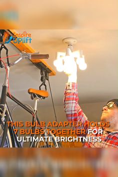 Bulb Adapter Lamp Holder 😍 It's SO easy to use and no installation is needed! Simply screw seven light bulbs into the sockets and screw the main top socket Home Projects, Projects To Try, Jamel, Home Repairs, Diy Home Improvement, Home Hacks, My New Room, Decoration, Home Remodeling