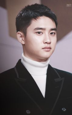 D.O - 161202 2016 Mnet Asian Music Awards, red carpet Credit: Asteria.