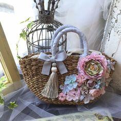 Tree Bag, Diy Sac, Victorian Hats, Flower Bag, Straw Handbags, Diy Purse, Boho Bags, Silk Ribbon Embroidery, Basket Bag